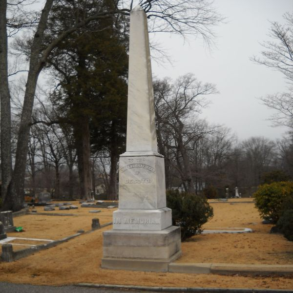 DeSoto County Confederate Monument