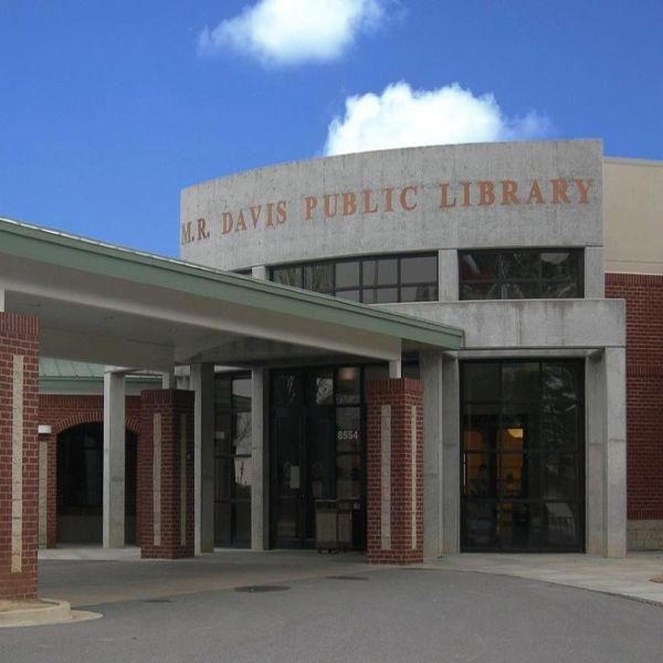 M. R. Davis Public Library Southaven